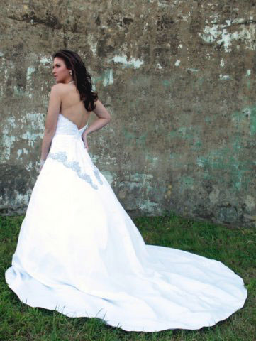 Lilla | La Chatuise 2010 Italian wedding dress