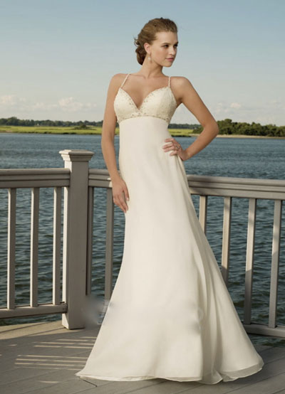 Beach wedding dress from Joanna's Bridal, Montréal, Canada