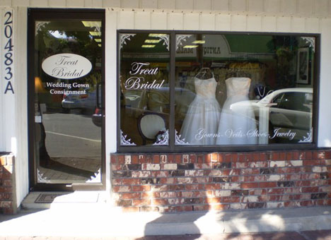Vancouver bridal consignment shop, Treat Bridal