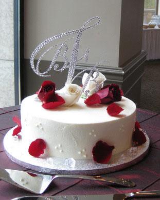 Sakworski crystal wedding caketopper