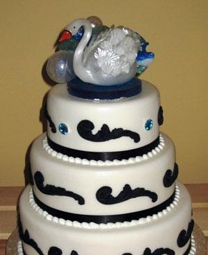 Swan wedding cake topper