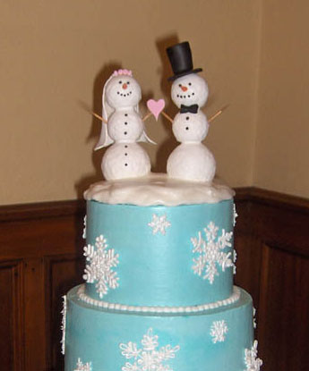 Snowmen winter-wedding cake-topper