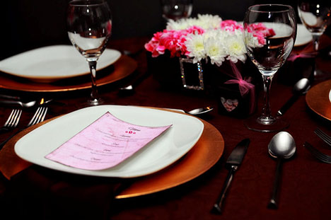 Pink & Brown wedding table setting