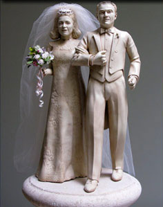 Wedding couple sculpture centerpiece