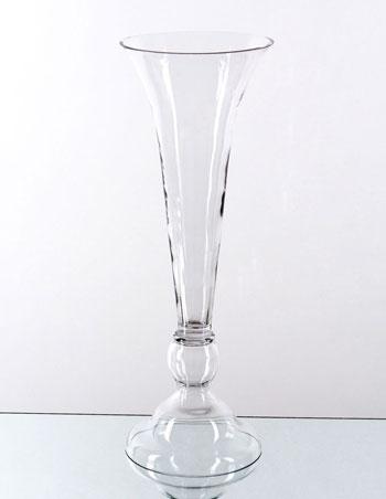 Flute-shaped vase