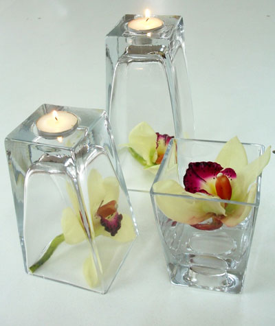 Glass vase wedding centrepieces