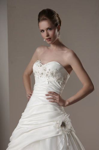 2010 Sincerity wedding dress 3573