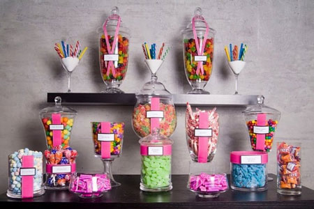 Candy jars: perfect wedding favours