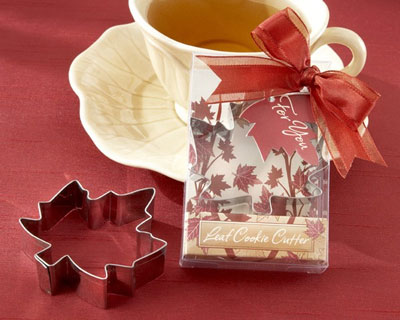 Maple leaf cookie cutter, Fall wedding favour