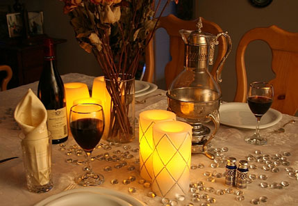 Flameless candles, safe around your wedding decor