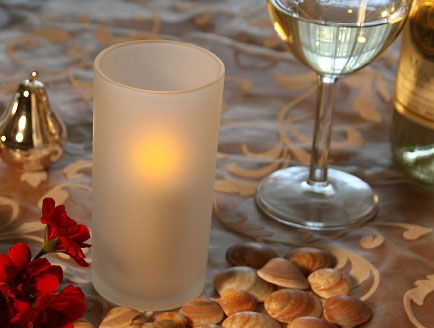 Flameless candles for your wedding
