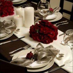 Elegant red floral wedding centerpiece