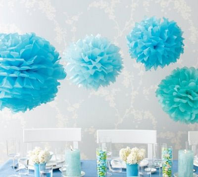 Tissue paper pop-poms: wedding décor