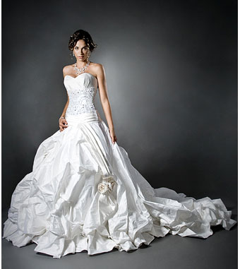 Glamorous bridal gown by Melissa Gentille
