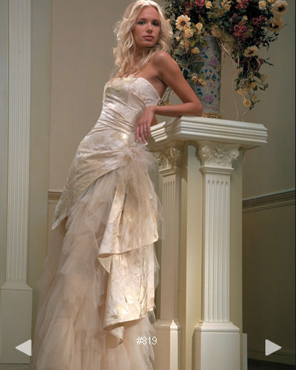 Paradise Garden #803, century bridal gown by Boutique Natalia Exclusif in Montréal