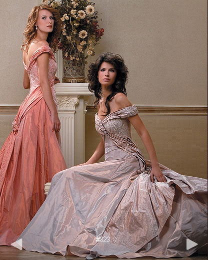 Paradise Garden #823, color bridal gowns by Boutique Natalia Exclusif in Montréal