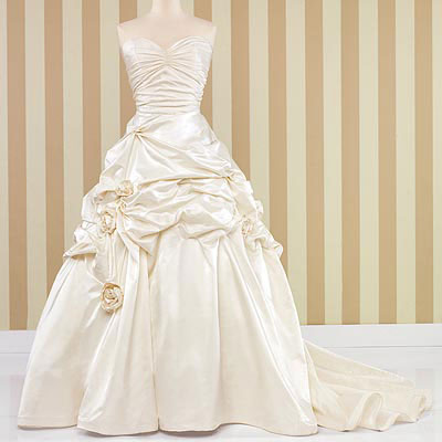 bride.ca  How to Sell Your Wedding Dress