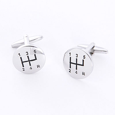 Groomsmen gift idea: Cufflinks