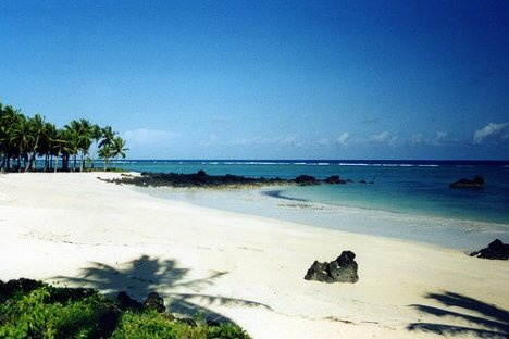 Winter Honeymoon Destination: Another Fijian beach