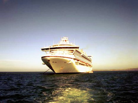 Winter Honeymoon Destination: Fiji Cruise