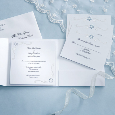 DIY wedding invitations pocket by Wilton