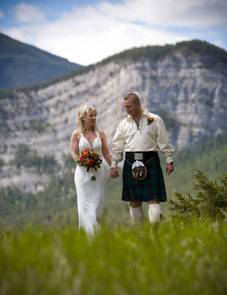 Wedding at Hoodoo Meadows, in Banff, Alberta