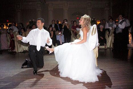 Greater Toronto Wedding DJ: Dee Dee Jays
