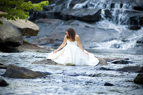 Trash the Dress image 1 by Varia Photo