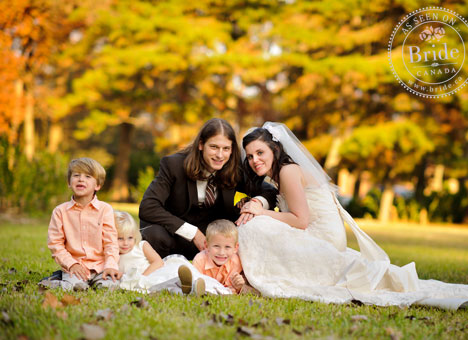 Bride, Groom, kids, Fall wedding