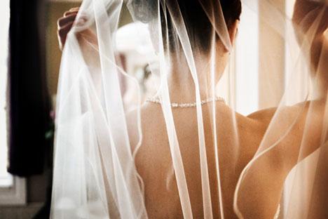 Denae, getting ready for her wedding day