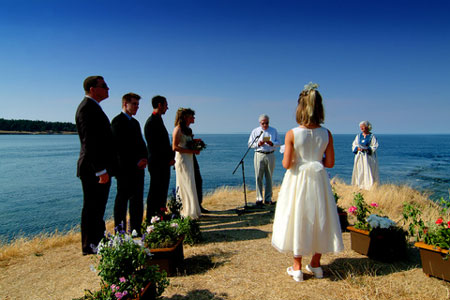 Katie & Carl's ocean view wedding ceremony
