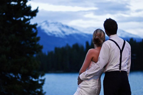 The natural beauty of a real canadian rocky mountain wedding!