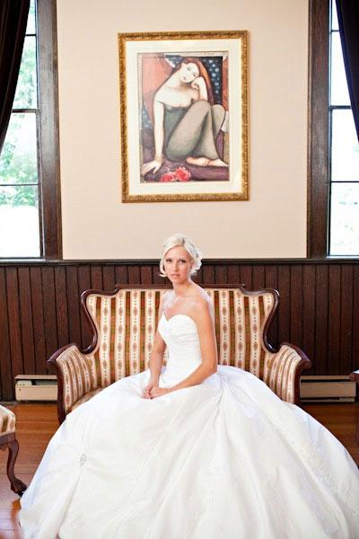 Beautiful Canadian Bride: Martine Martell
