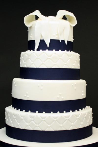 Navy Wedding Cakes brideca