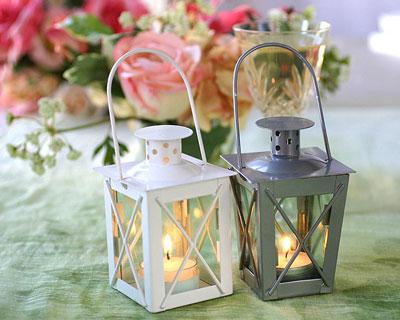 Mini lanterns wedding favours