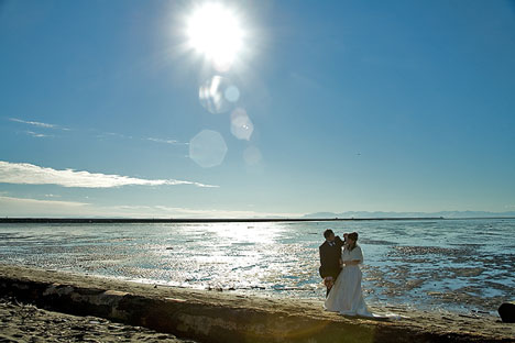 winter wedding beach photo