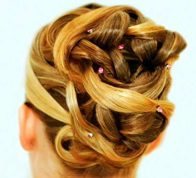 'Strudel' Bun by Beauty-a-Go-Go in Vancouver