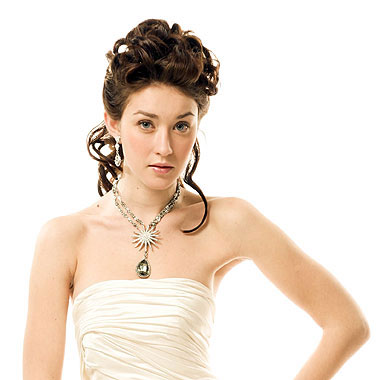 Sheath gown bridal hairstyle, by Hippie Hair Concepts in Toronto