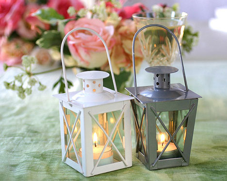 Mini Lanterns wedding centrepieces