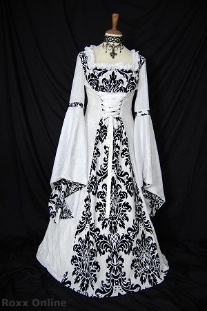 Medieval bridal gown by Roxx